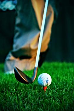 Beginhouding bij het chippen van de golfbal